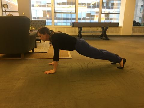 I Planked One Minute Every Hour at Work for Two Weeks