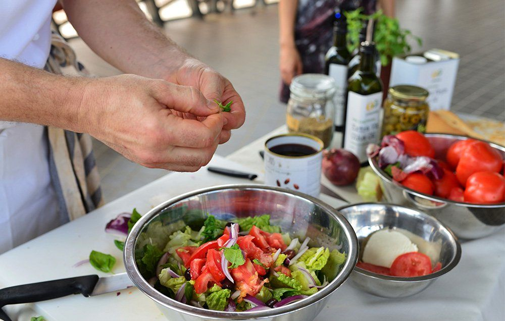 Salad every day may keep your brain 11 years younger mens health forumfinder Choice Image