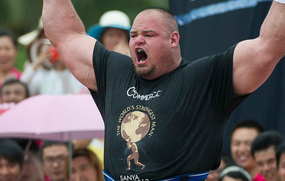 This Is How The Worlds Strongest Man Eats 12000 Calories In A Day