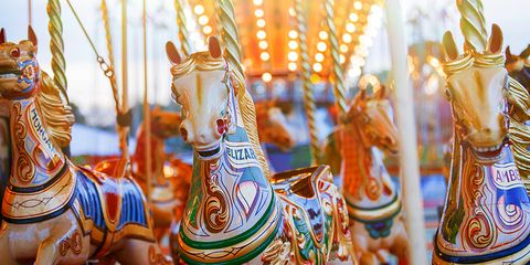 impress date at amusement park