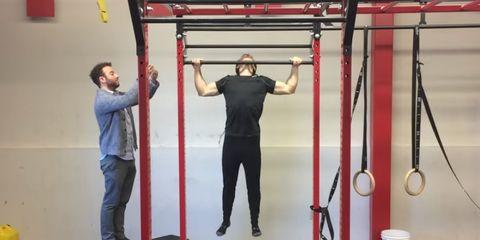 man pull ups world record