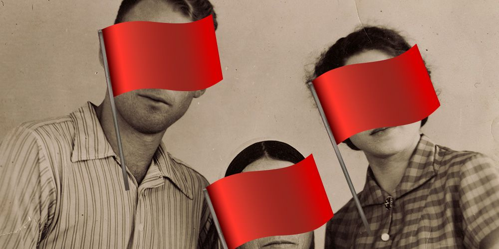 Watch Out For These 4 Red Flags When You Finally Meet Her Family