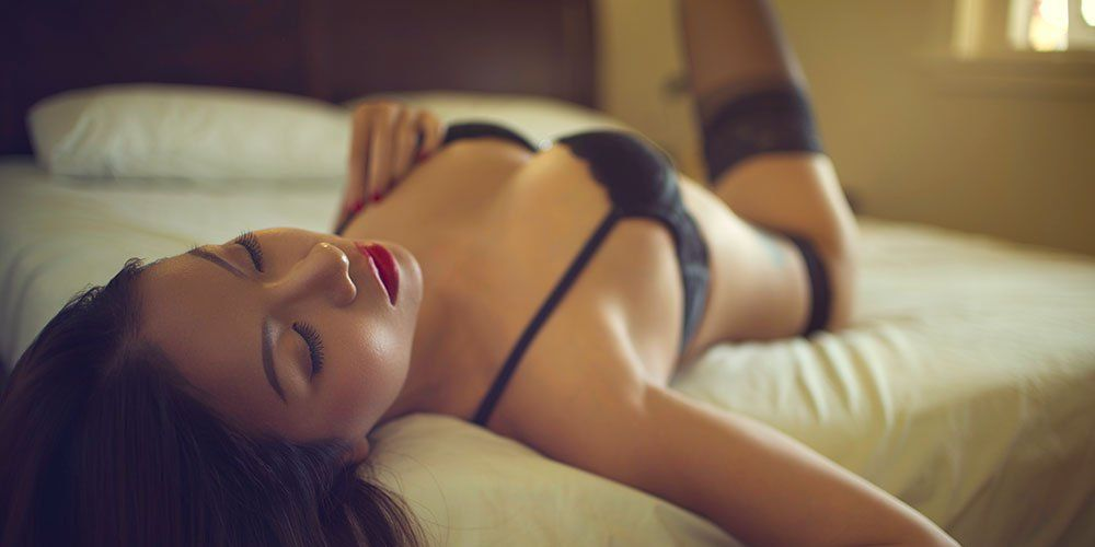 33 Simple Sex Tips To Turn Her On  Mens Health-3499