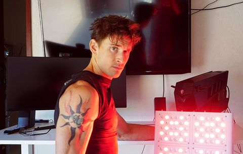 I Put a Giant Red Light on My Balls to Triple My Testosterone Levels