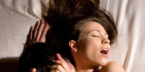 powerful orgasm makes man lose vision in one eye