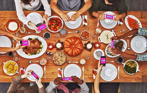 Apparently People Watch A Lot Of Porn On Their Phones During Thanksgiving