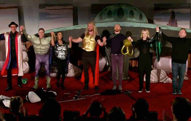 thor ragnarok cast performs live version of movie on the late