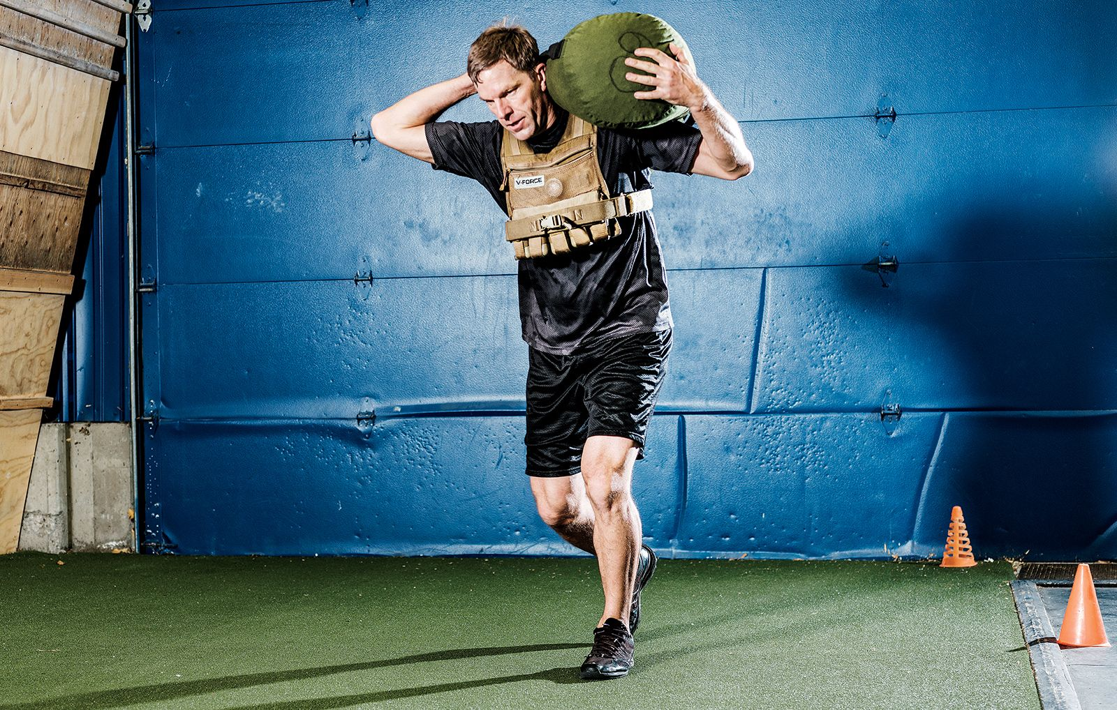 How Elite Military Trainers Create Strength Programs | Men's Health