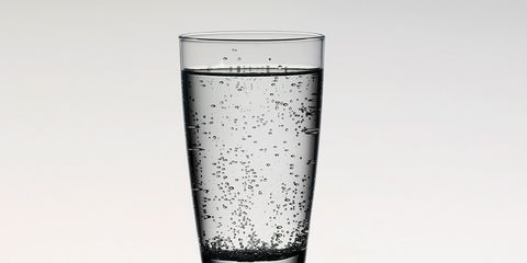 sparkling water makes you fart?