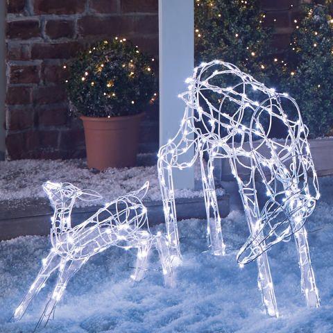 Aldi S Outdoor Decorations Are Winter Wonderland Worthy