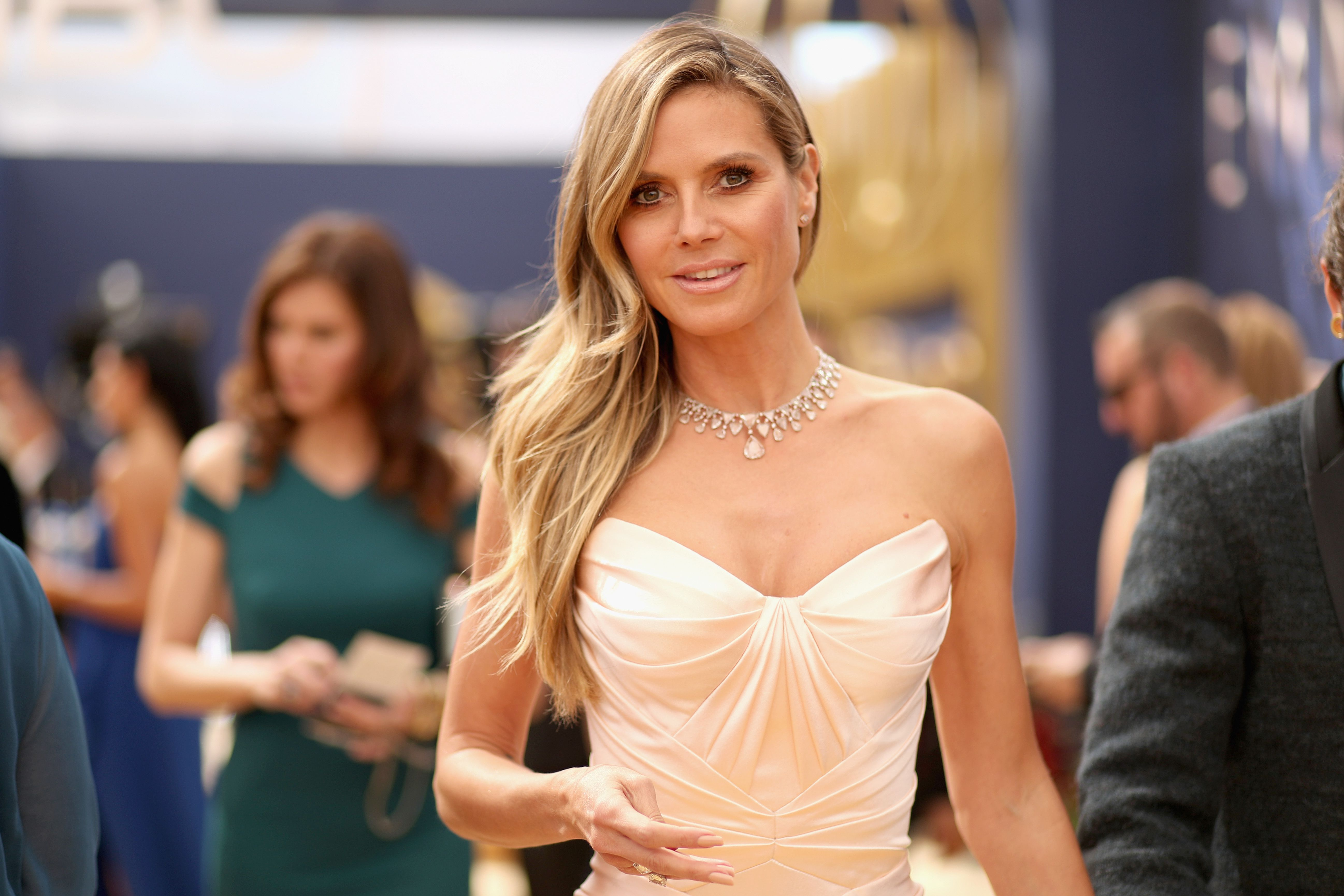 38b290e5d Emmys 2018 Best Jewelry - Emmy Red Carpet Necklaces, Earrings, and Rings