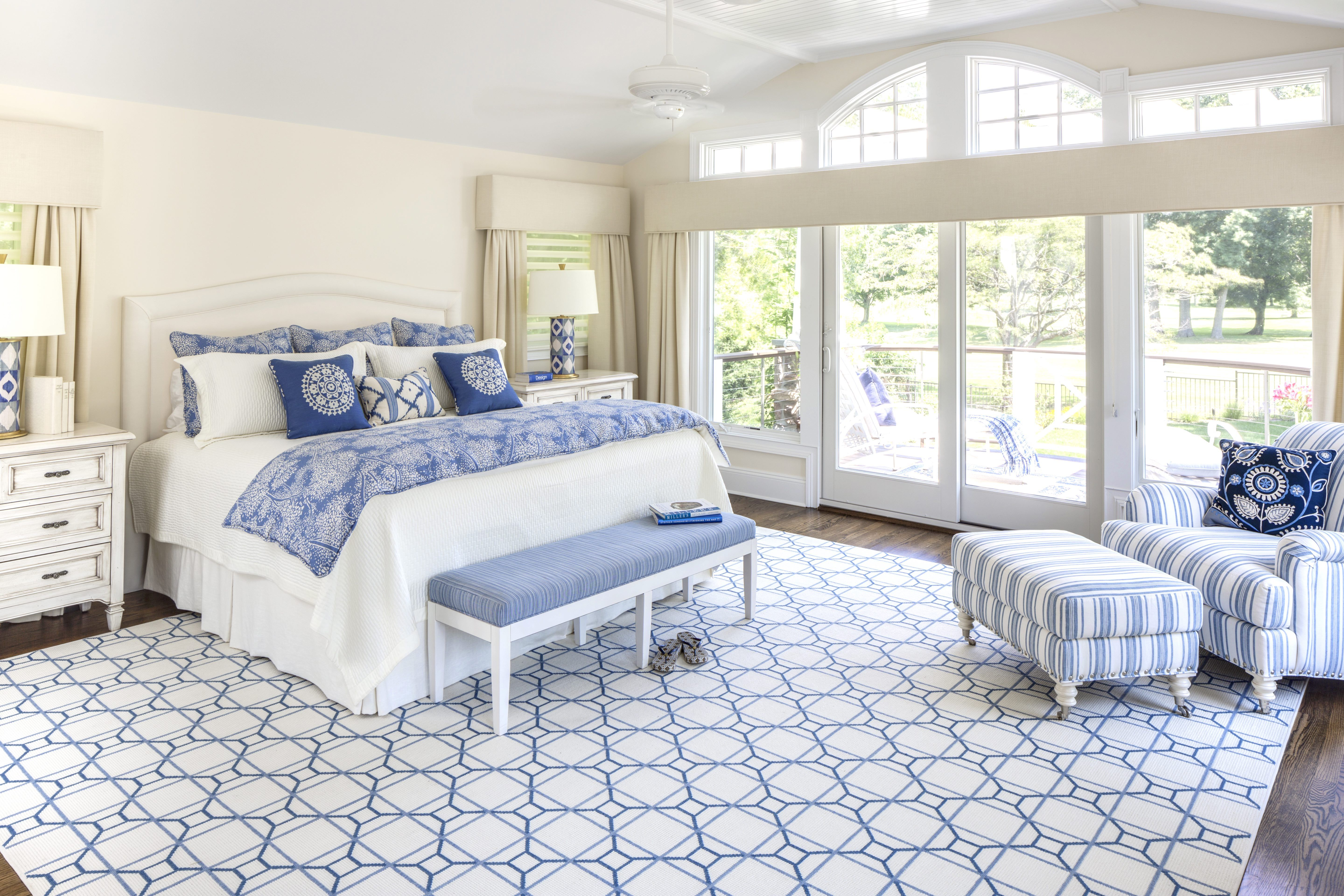 12 Gorgeous Master Bedrooms with Outdoor Spaces