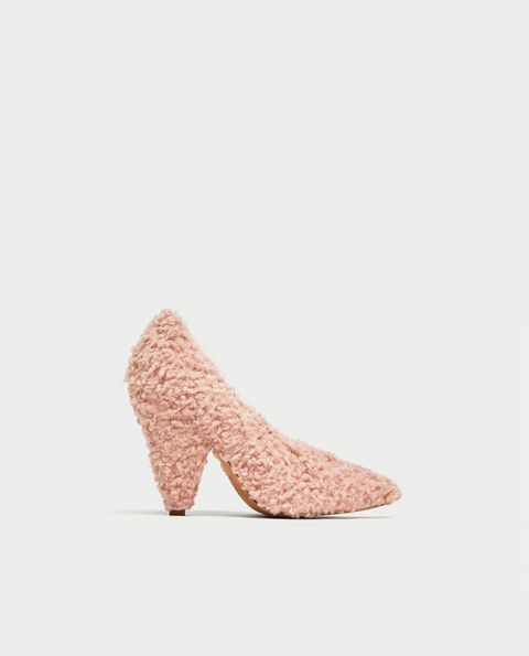 Footwear, Pink, Shoe, Court shoe, Beige, Peach,