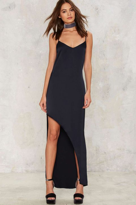 Clothing, Leg, Dress, Sleeve, Human leg, Shoulder, Joint, One-piece garment, Waist, Style,
