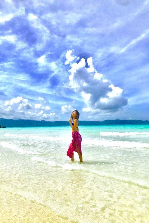People on beach, People in nature, Sky, Sea, Ocean, Vacation, Beach, Fun, Summer, Horizon,