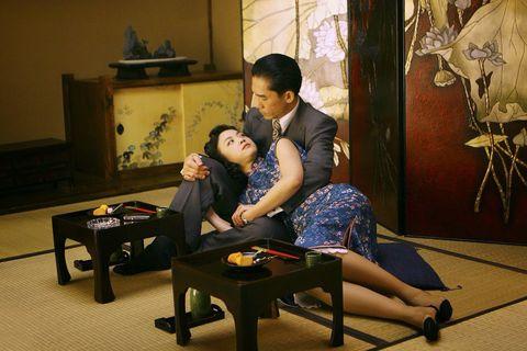 《半生緣》張愛玲百年紀念書選:「你問我愛你值不值得,其實你應該知道,愛就是不問值不值得。」