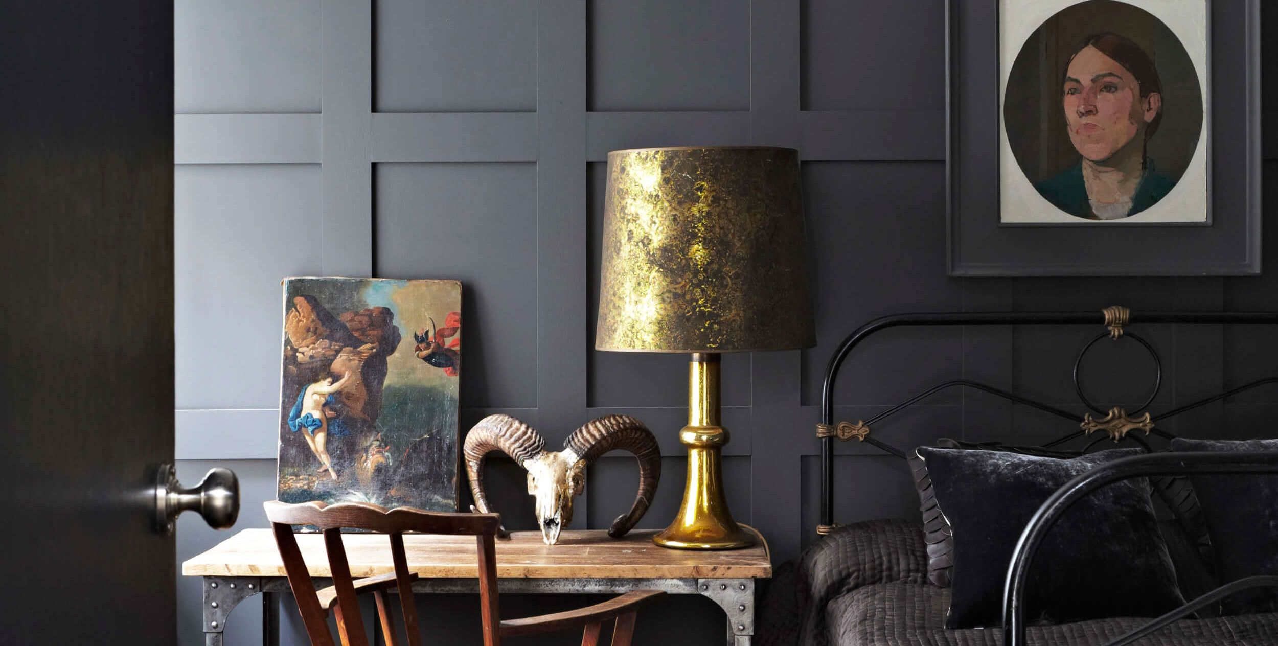 10 Black Bedrooms That Set the Right Mood