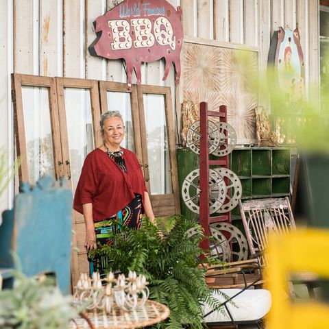 Green, Floristry, Plant, Flower, Floral design, Building, Vegetable, Local food, House,