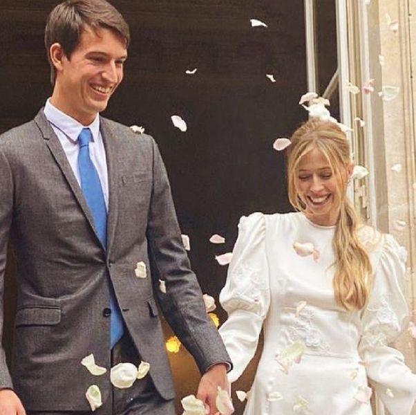 lvmh alexandre 穿著西裝藍色領帶,太子妃穿著白色婚紗