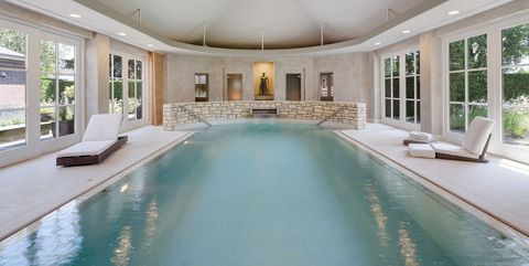 Property, Swimming pool, Building, Estate, Room, Real estate, Ceiling, Interior design, House, Home,