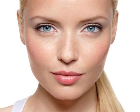 Anti-Aging Tips: The Secret Power of Makeup