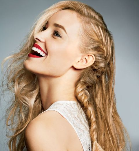 3 stunning side swept hairstyles