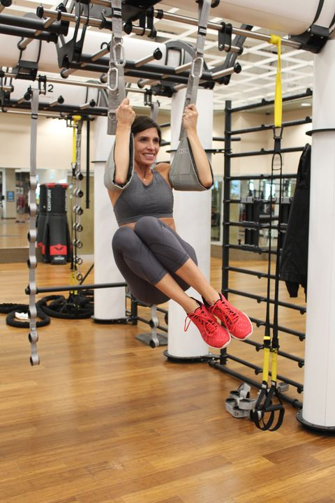 hanging crunches abs workout