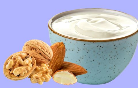Healthy Snacks Nutritionists Eat When They Want to Lose Weight