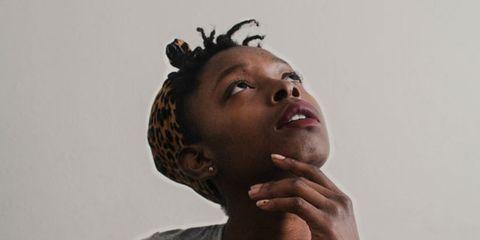 Lip, Shoulder, Joint, Jaw, Neck, Muscle, Eyelash, Gesture, Portrait photography, Portrait,