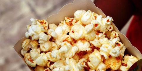 Popcorn, Food, Kettle corn, White, Cuisine, Recipe, Dish, Vegetarian food, Comfort food, Snack,