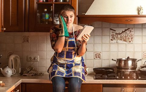 11 Thoughts All Girls Who Can't Cook For Sh*t Have Definitely Had