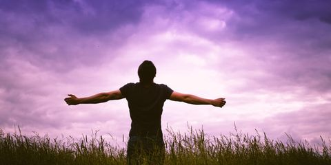 Sky, Cloud, Happy, Rejoicing, Purple, People in nature, Grassland, Grass family, Violet, Flowering plant,