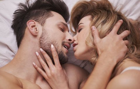 6 Ways to Initiate Sex That Will Have Your Partner Panting