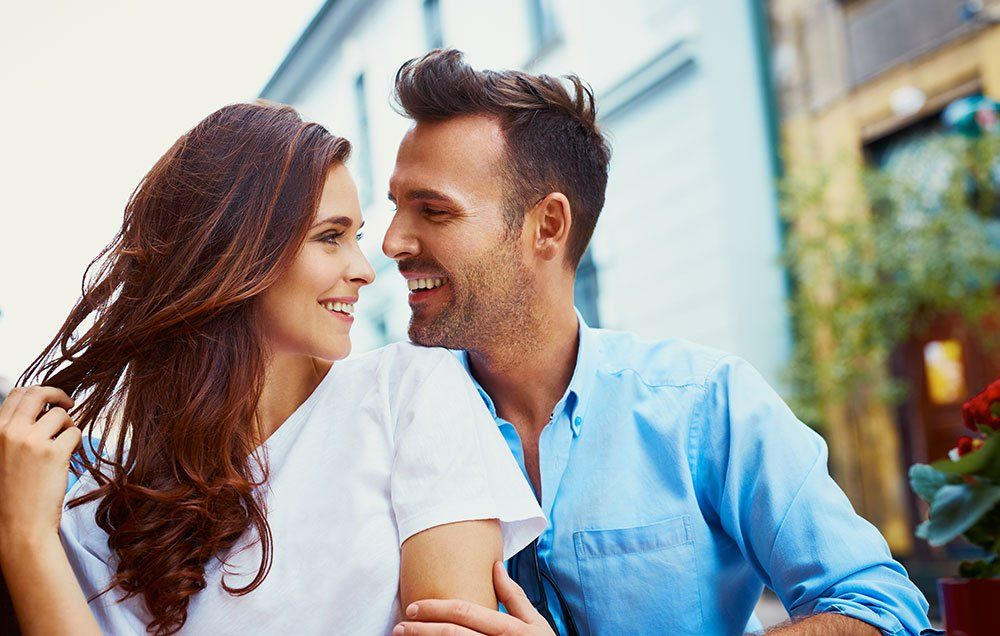 Couples Who Are Truly in Love Connect in These 5 Ways