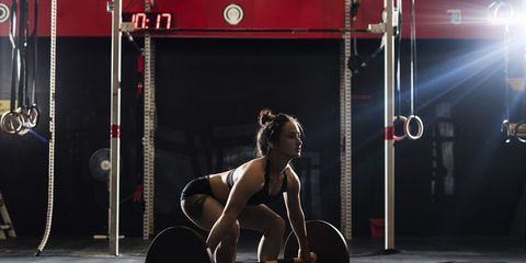 A woman doing crossfit