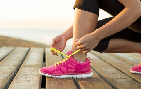 96fc1bbe720 7 Reasons Why Your Feet Feel Heavy When You Run—and How to Fix It ...