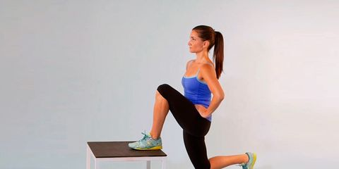 foot-elevated-reverse-lunge