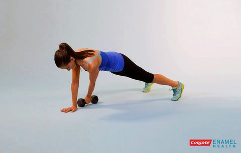This Plank Will Light Up Your Muscles from Your Back to Your Butt ...