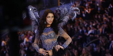 You Have to See Bella Hadid's New Hair
