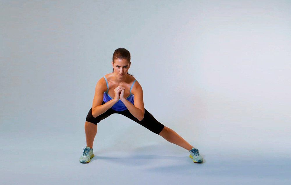 You'll Want To Add This Lunge To The Beginning of Every Workout