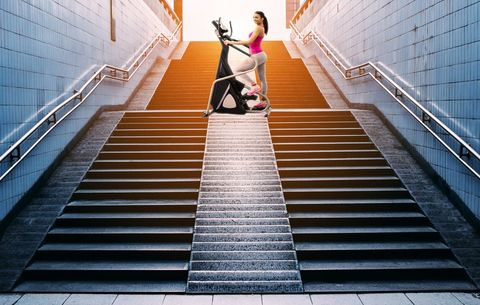 The Stair-Stepper Workout That Will Torch Major Cals In 20 Minutes