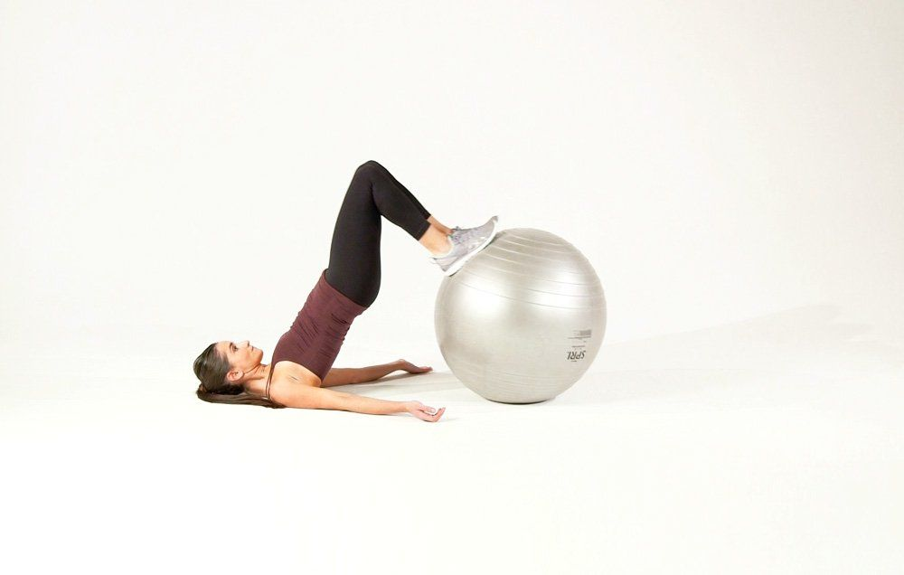 This One Move Works Your Butt, Legs, AND Abs At The Same Time