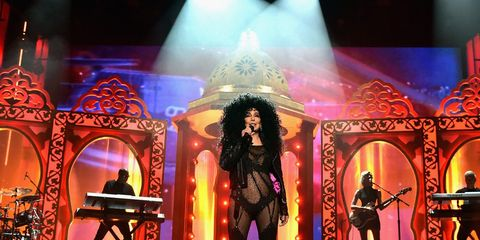 Performance, Entertainment, Stage, Light, Performing arts, Musical, Lighting, Theatrical scenery, Event, heater,
