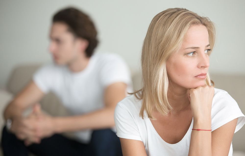 If You Answer 'Yes' To Any Of These Questions, It's Time to See A Couples Therapist