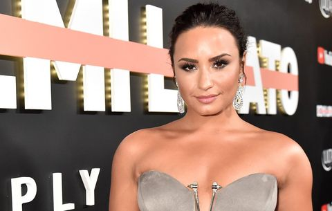 """59f46094e5b77 Related  Demi Lovato Says She Will Not Discuss Her Sexuality For This  Powerful Reason. """""""