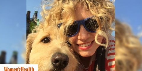 Dog, Canidae, Dog breed, Eyewear, Companion dog, Carnivore, Snout, Sunglasses, Photography, Smile,