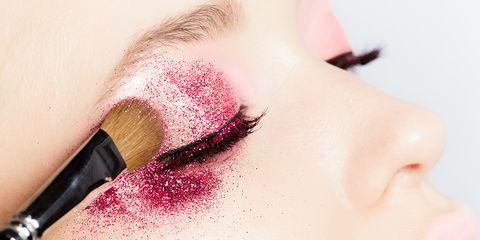 Glitter makeup tips