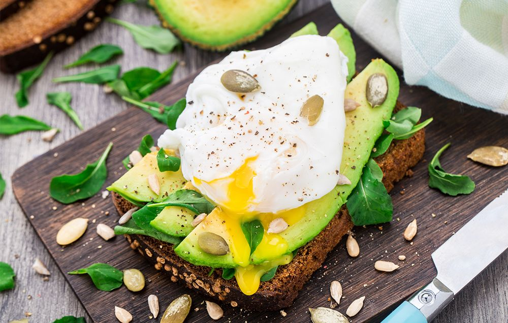 ​7 High-Fat Breakfast Ideas That Will Help You Lose Weight All Day