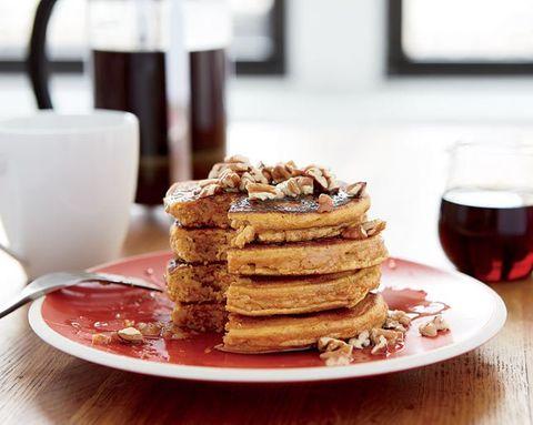 How to Make Healthy Pumpkin Pancakes at Home