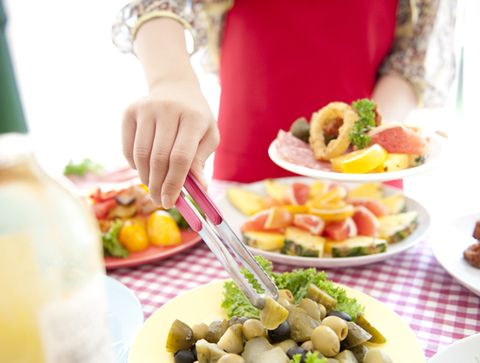 How NOT to Gain Weight at All-You-Can-Eat Buffets